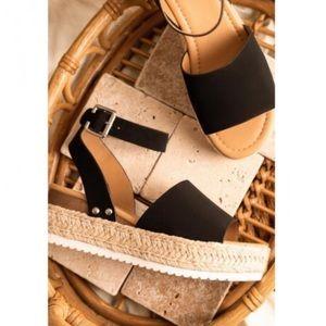 Shoes - Platform Espadrille Sandals in Black